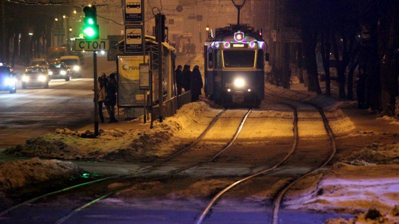 Як працюватиме громадський транспорт Вінниці у новорічну ніч?