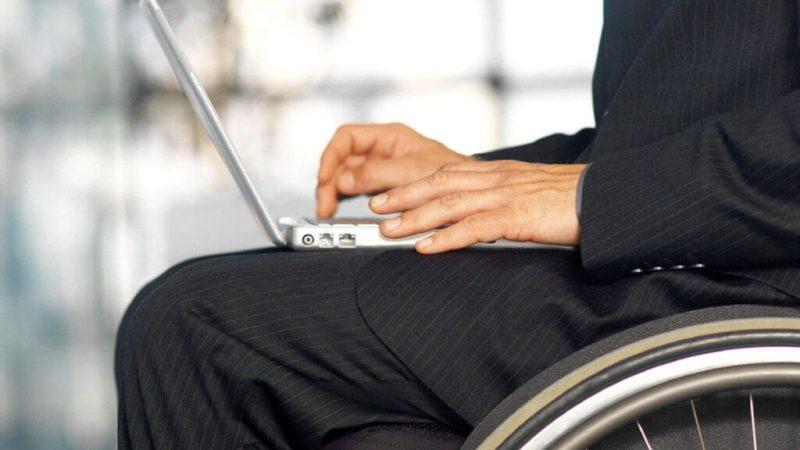 У Вінницькій області  більше 700 людей з інвалідністю знайшли собі роботу