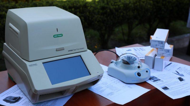 """Вінниця збільшить у 2 рази кількість тестувань на COVID-19, завдяки обладнанню від фонду""""СтопВірус"""""""