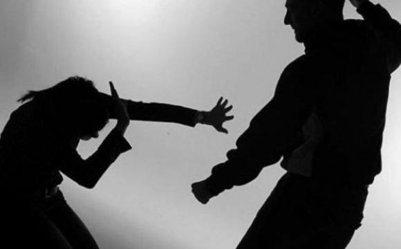 Вінничанам, які постраждали від сімейного насилля надають допомогу