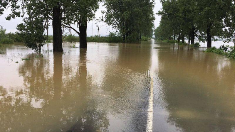 Через зливу на Вінниччині змило місто (ВІДЕО)