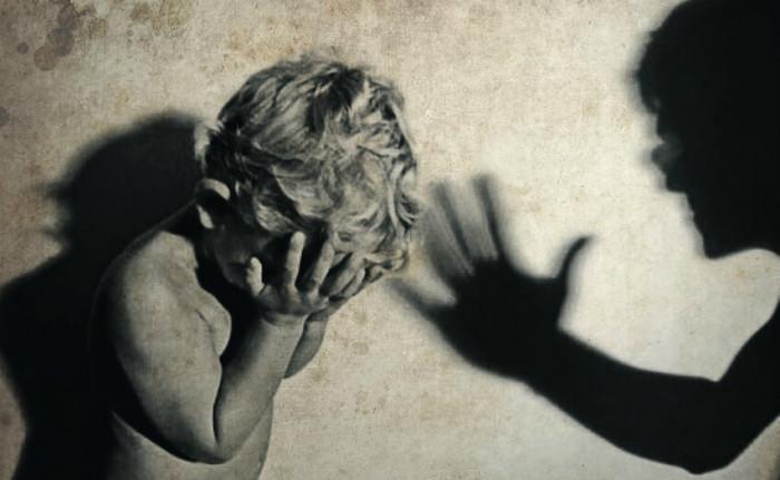 Дружина заявила на свого чоловіка за побиття дитини
