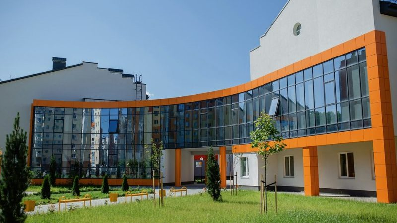 Мер Моргунов: Школа в мікрорайоні Поділля офіційно введена в експлуатацію