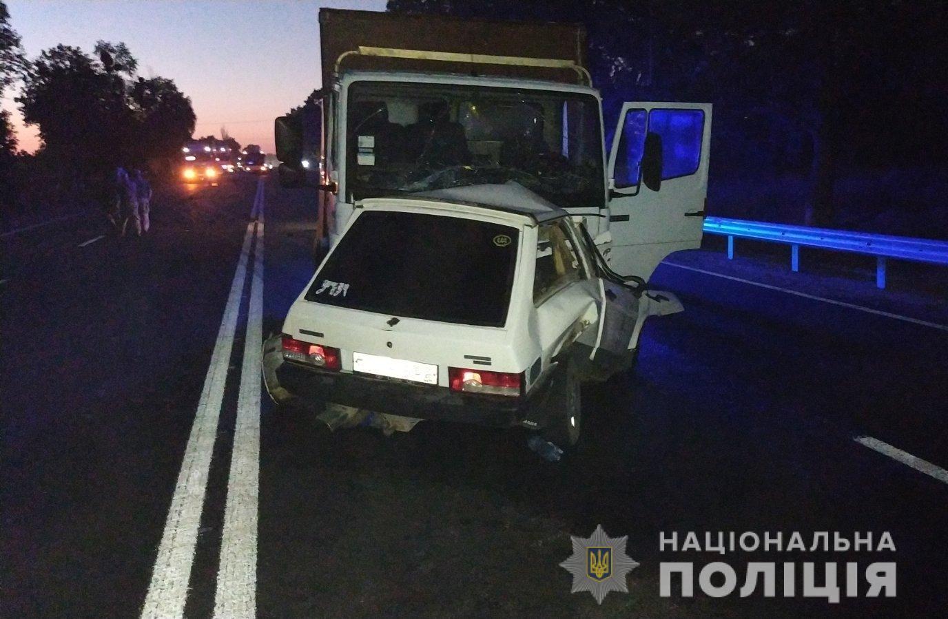 Вночі на Вінниччині у ДТП загинуло двоє людей