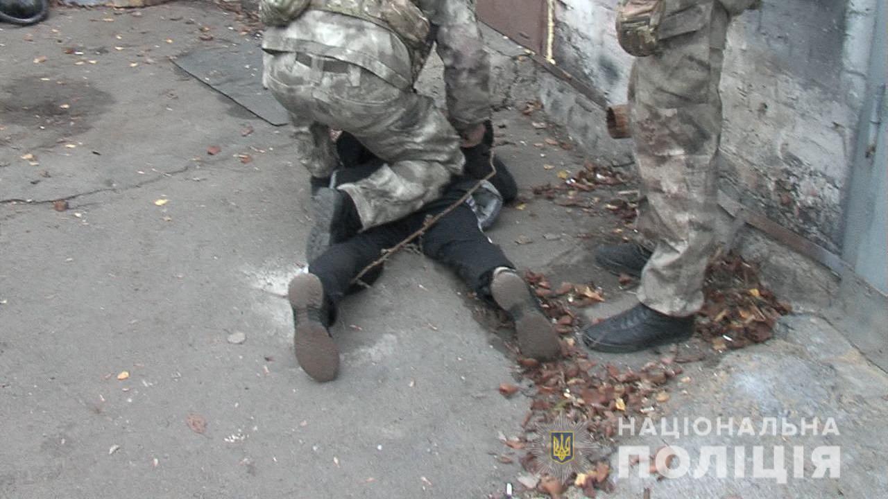 У Вінниці затримали групу чоловіків, які виготовляли амфетамін (ВІДЕО)