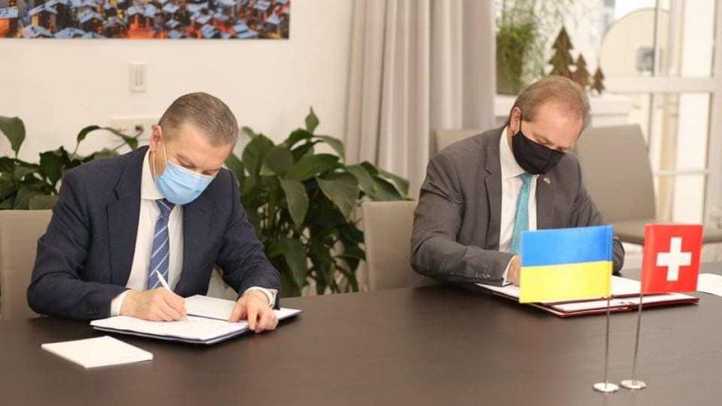 Мер Моргунов підписав угоду зі Швейцарію про нові трамваї