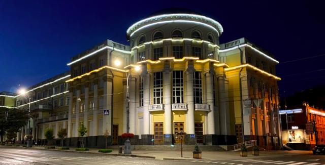 """У Вінницькій обласній раді """"роздали"""" територіальним громадам депутатів"""