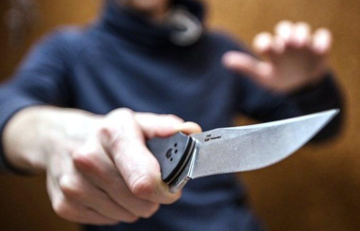 У Вінниці молодик напав з ножем на перехожого