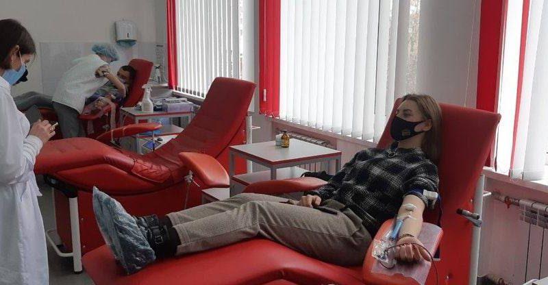 Вінничан запрошують долучитися до доброї справи та взяти участь у здачі крові