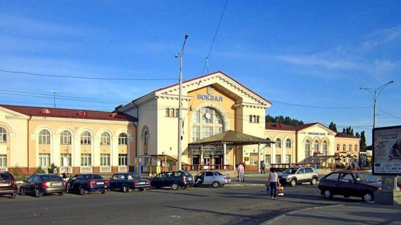 «Укрзалізниця» розгортає на вокзалах України пункти вакцинації та експрес-тестування на COVID-19. Зокрема, і у Вінниці
